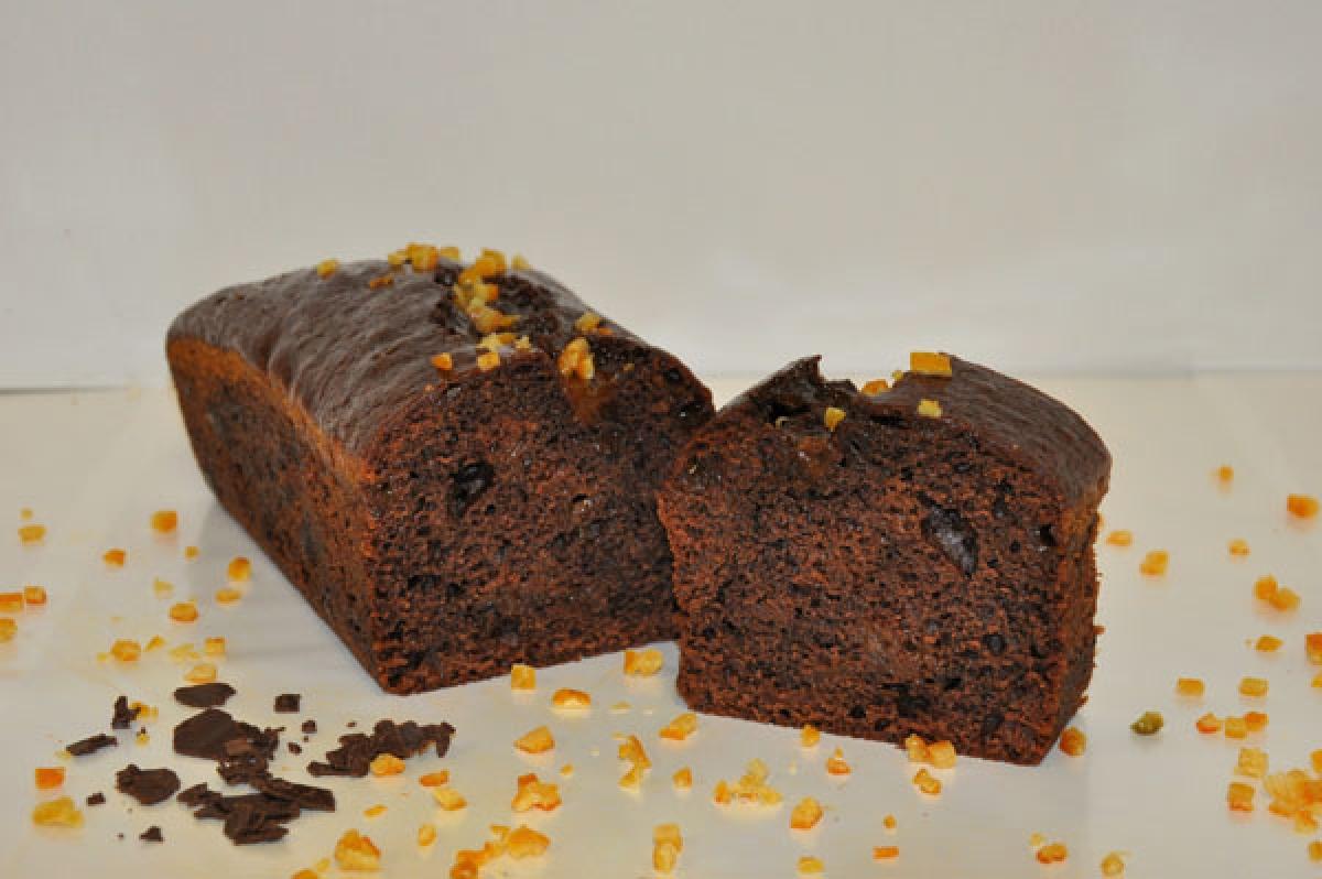 czekoladowo-pomarańczowe, wilgotne ciasto ucierane z pomarańczą i czekoladą
