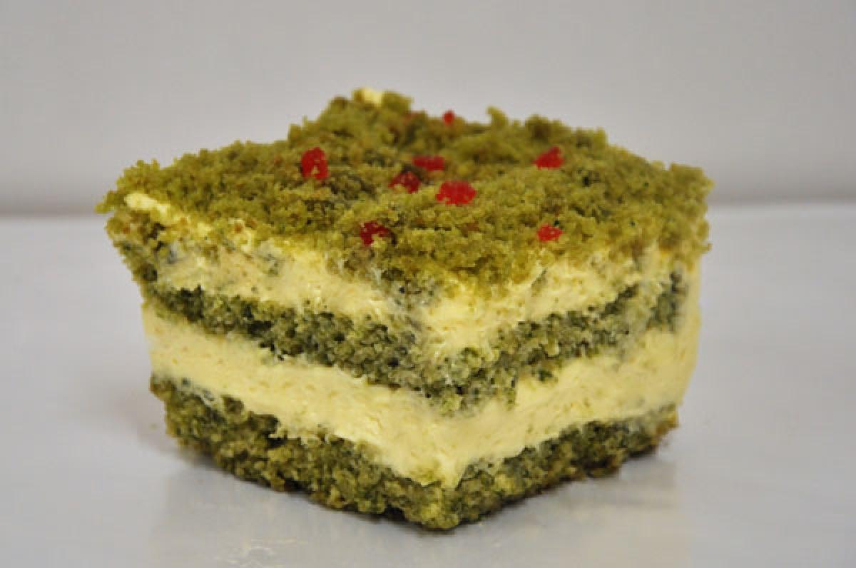 runo leśne, ciasto szpinakowe przełorzone mascarpone